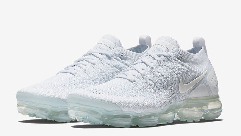 Nike-Air-VaporMax-2.0-Triple-White-942842-100-03.jpg