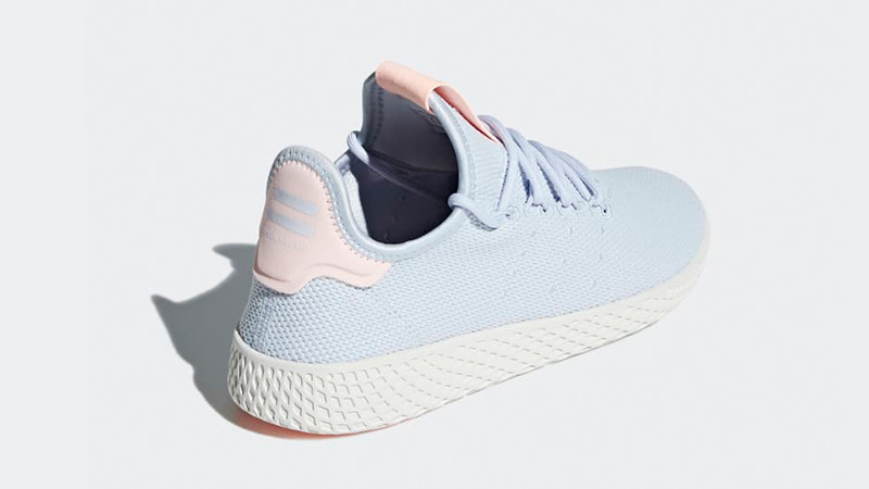 Pharrell x adidas Tennis Hu Aero Blue B41884 01