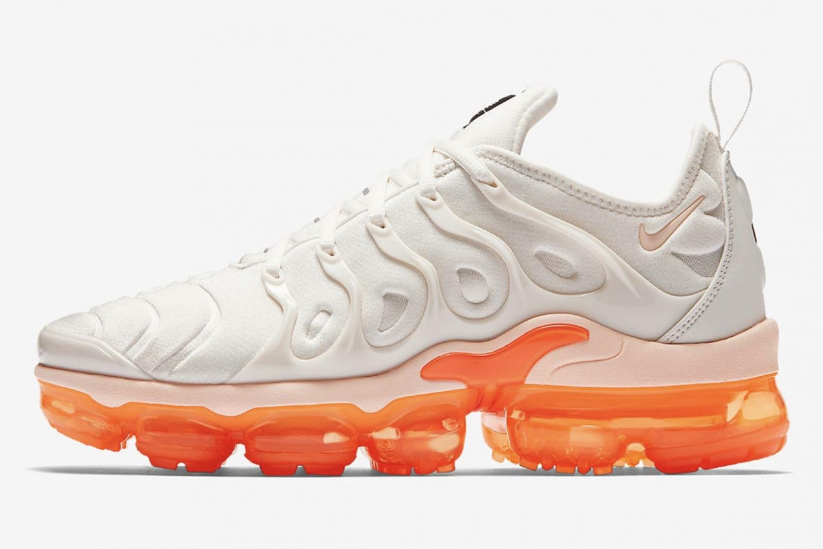 biggest discount sports shoes super popular Nike Air VaporMax Plus Womens Creamsicle | AO4550-005