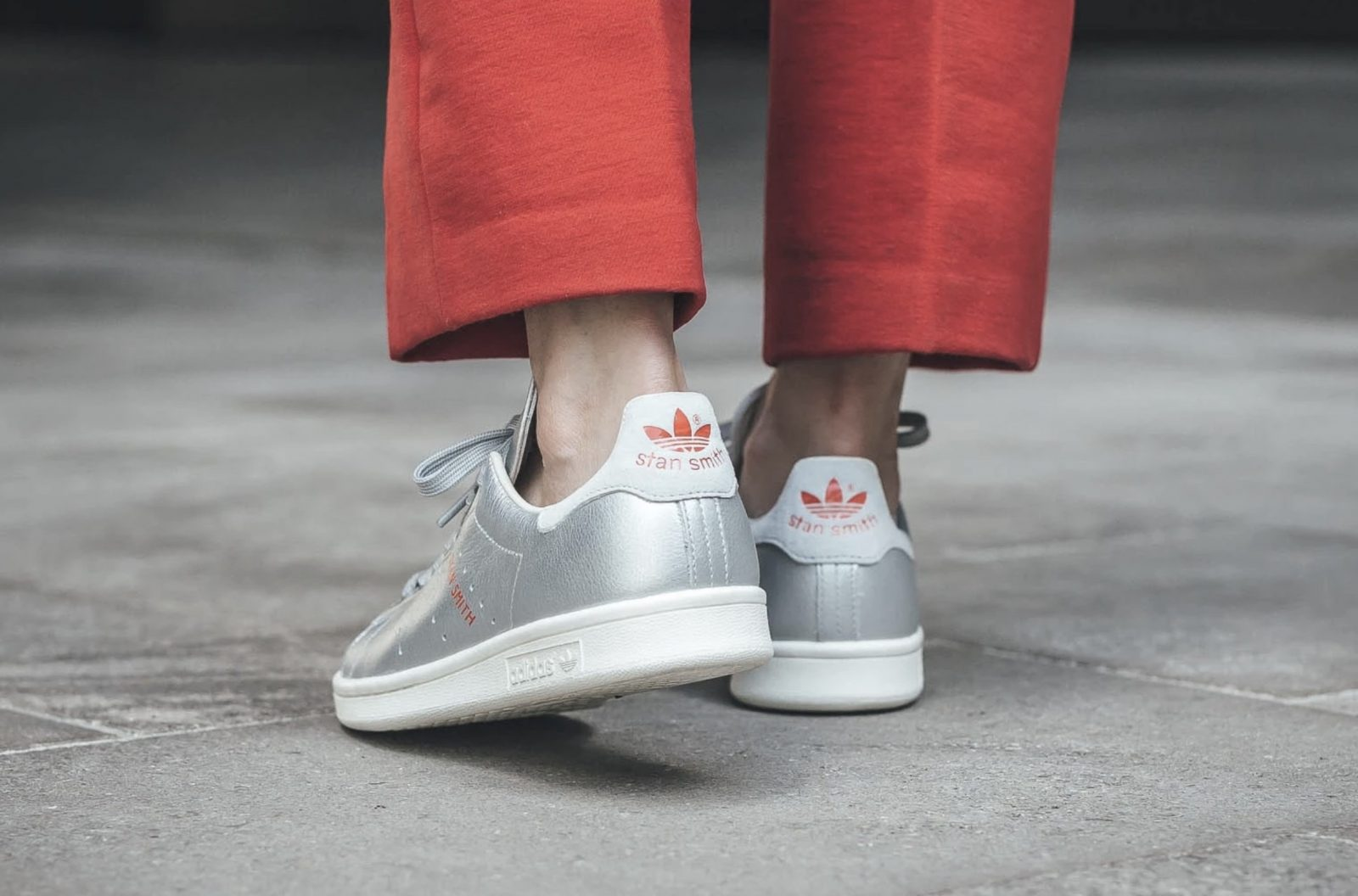 huge selection of 3cdad 04584 Switch Up Your Rotation With These Metallic Silver adidas Stan Smiths