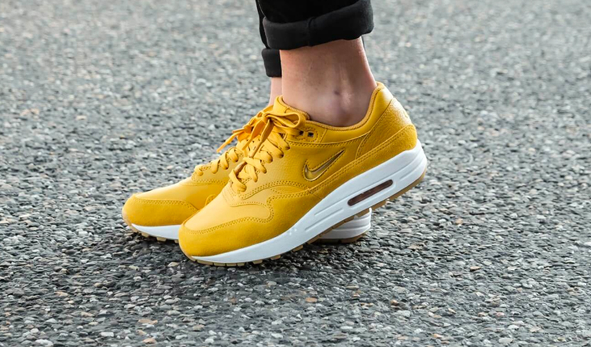 official photos dd3a5 37629 8 Sunny Yellow Sneakers To Get You In The Mood For Summer | Style ...