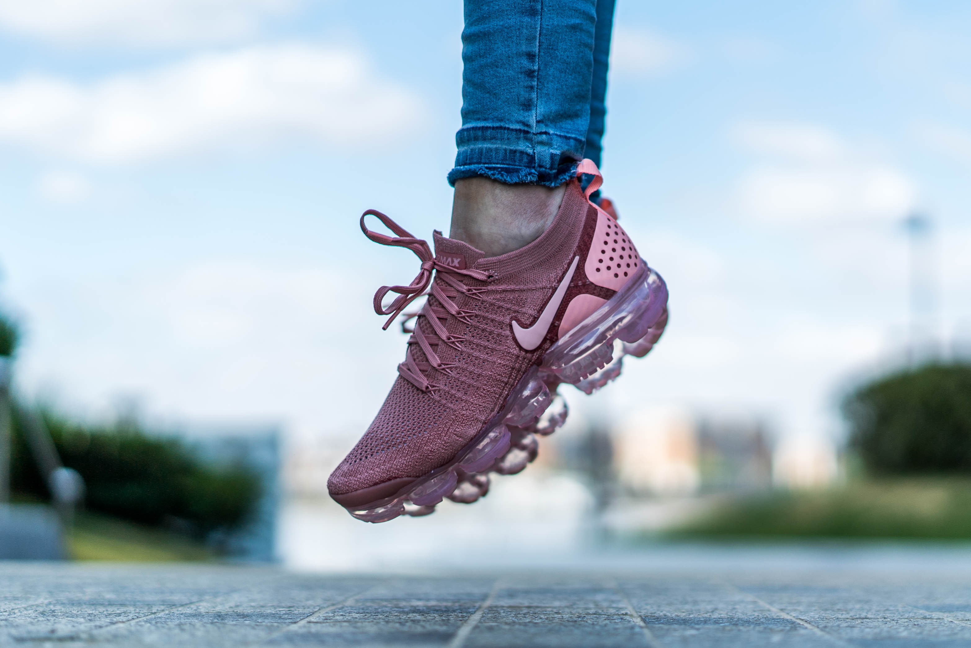 the best attitude 78b3a 92305 An Exclusive On Foot Look At The Nike Air VaporMax Flyknit 2 ...