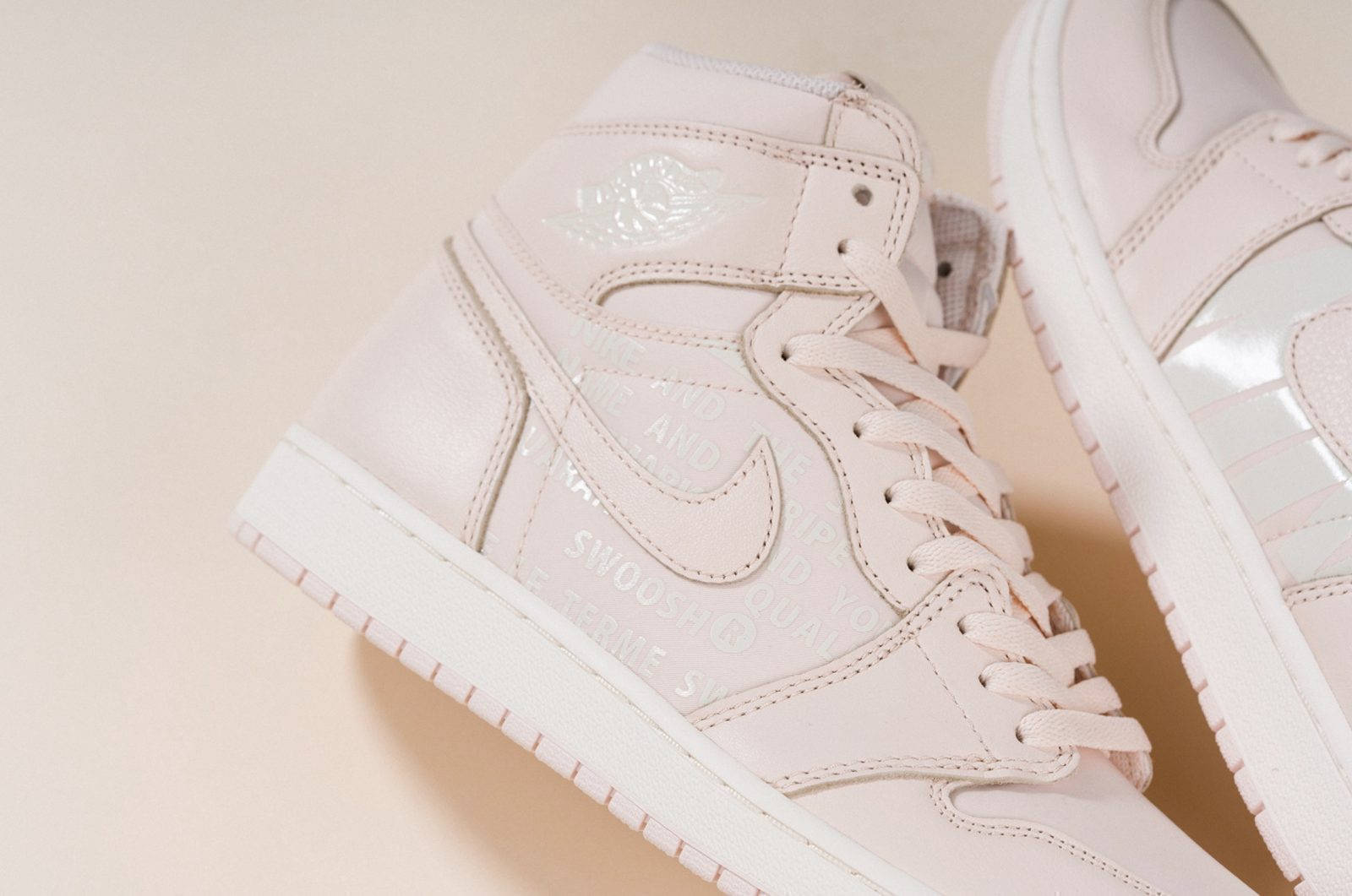 "Air Jordan 1 Retro High OG ""Guava Ice"" 