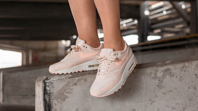 Nike Air Max 1 Guava Ice 319986-802 03