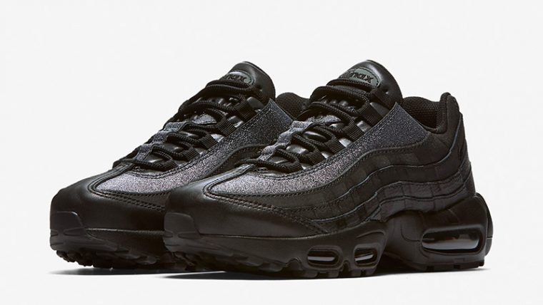 cheaper 0b3a0 60ccd Nike Air Max 95 SE Black Womens AT0068-001 03