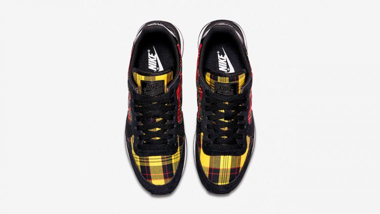Nike Internationalist Tartan Pack Black Womens AV8221-001 02 thumbnail image