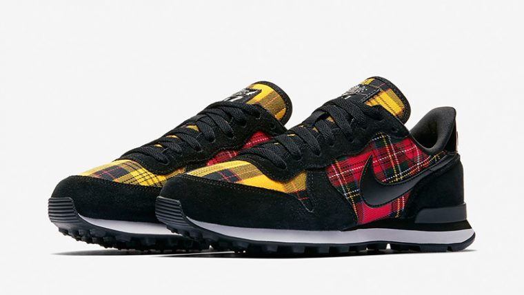 Nike Internationalist Tartan Pack Black Womens AV8221-001 03 thumbnail image