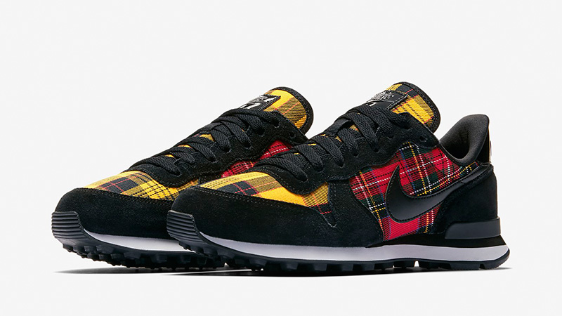Nike Internationalist Tartan Pack Black Womens AV8221-001 03