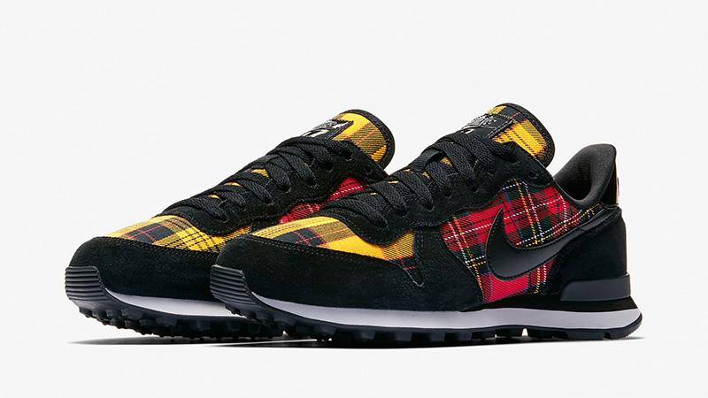 Nike Internationalist Tartan Pack Black Womens   AV8221 001