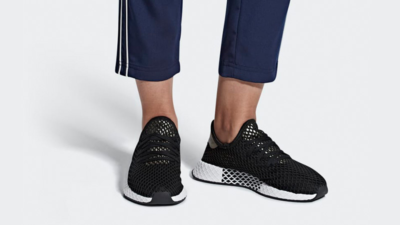 adidas Deerupt Black White Womens | B37675