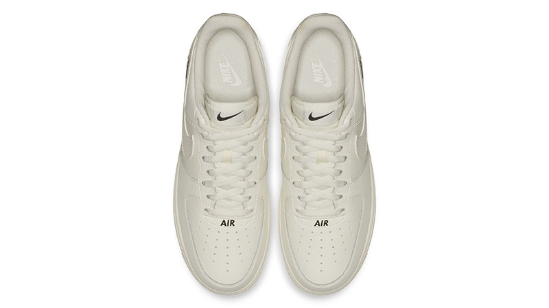 Nike Air Force 1 Stamp Logo Sail 02