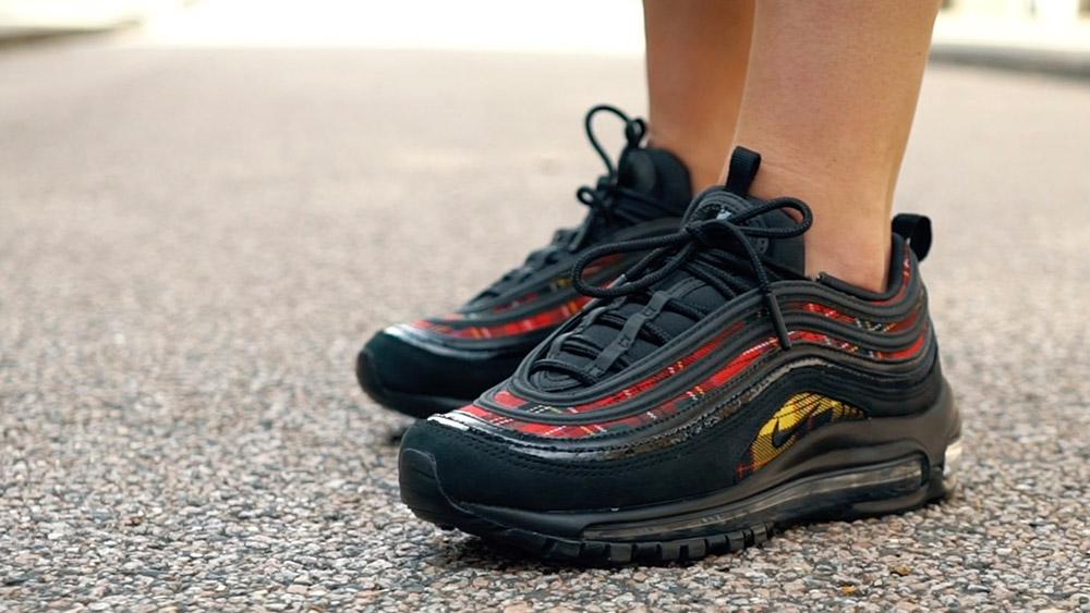 1801e83e82c89c A Closer On Foot Look At Nike s Air Max 97