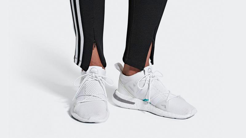 adidas Arkyn White Womens F33902 04
