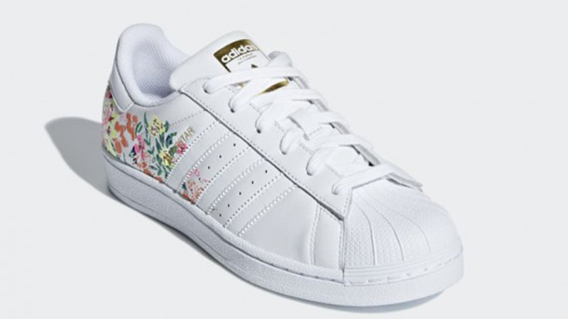 promo code 7eeaa 08adc adidas Superstar Flower Embroidery White | DB3495