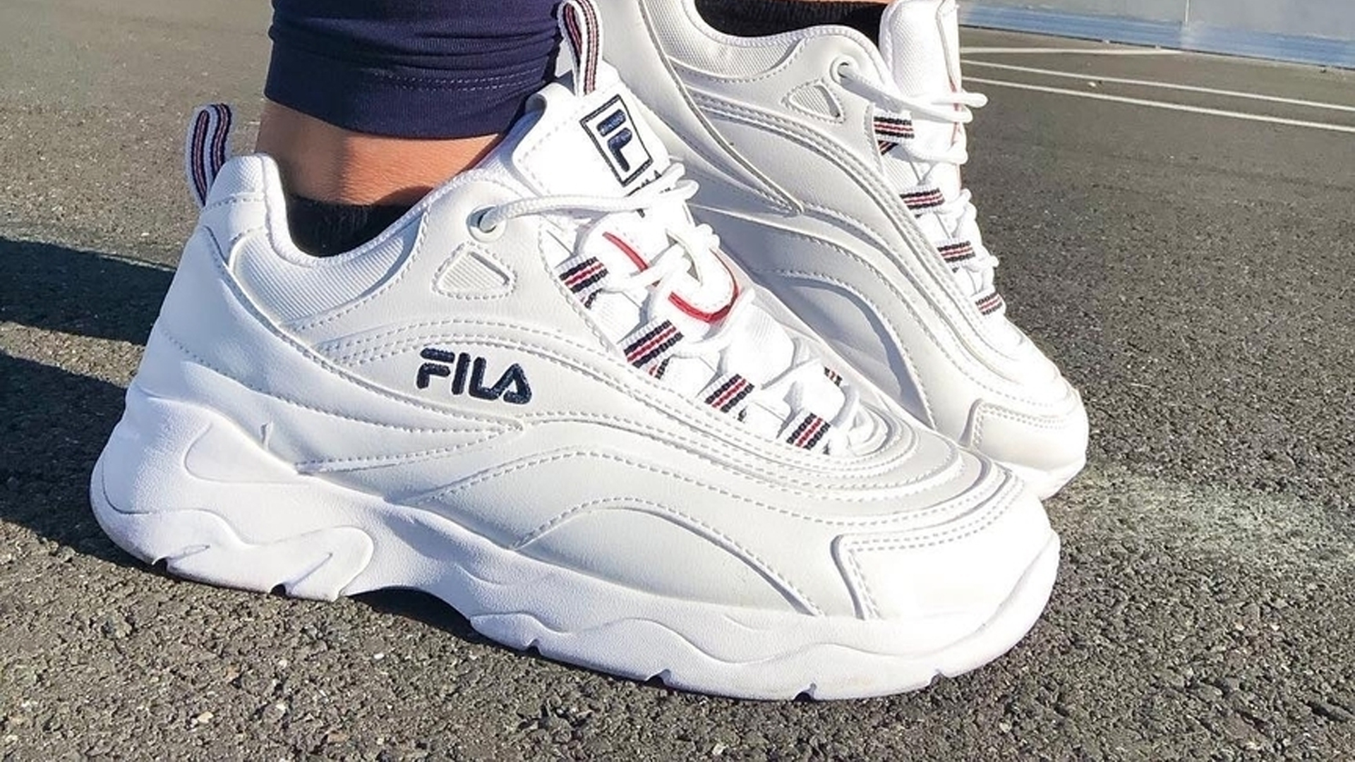 Fila Ray White Womens 5rm00522125 The Sole Womens