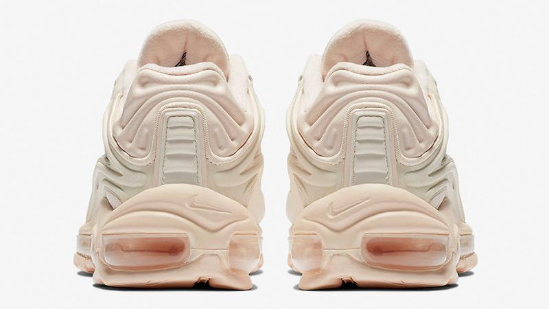 Nike Air Max Deluxe Arctic Orange AT8692-800 01