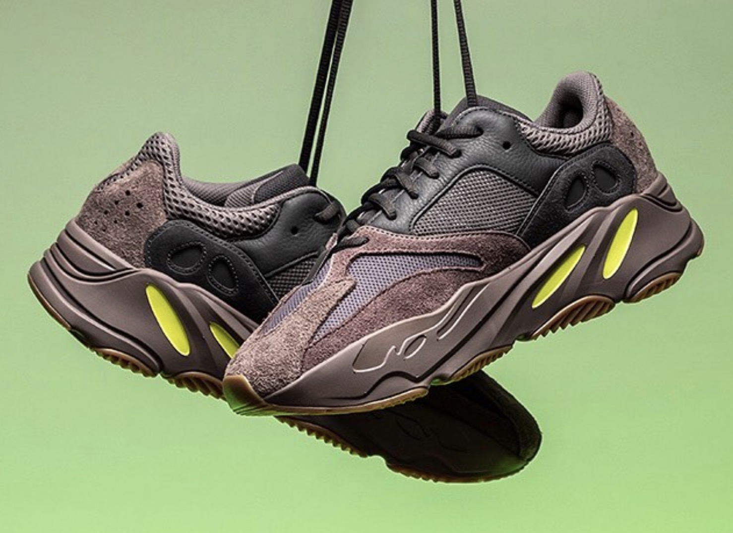 2a735abd527 A Closer Look At The YEEZY BOOST 700 Wave Runner Mauve