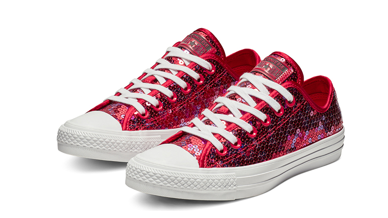 dddd72866cad Converse Chuck Taylor All Star Holiday Scene Sequin Low Top Red ...