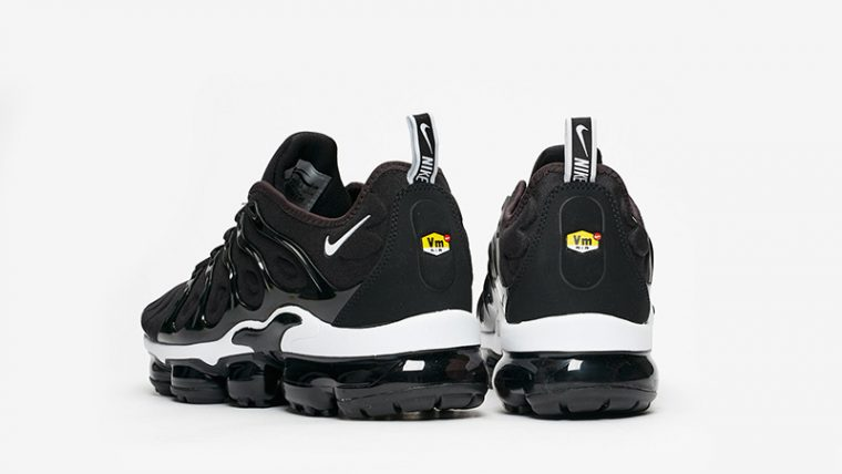 Nike Air VaporMax Plus Black White 924453-011 01 thumbnail image