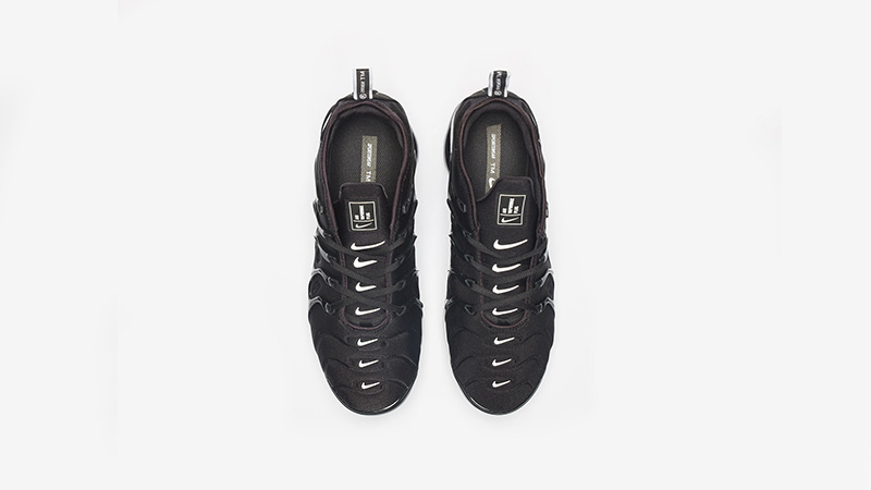 Nike Air VaporMax Plus Black White 924453-011 02