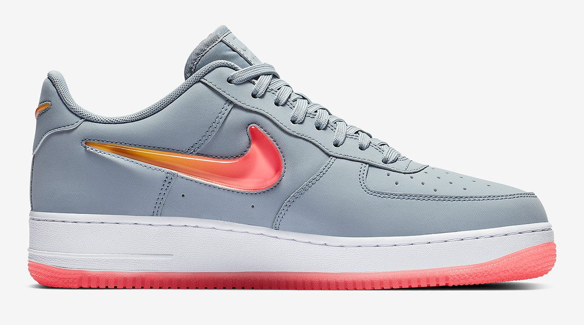 the best attitude c54c2 a04ab The Latest Nike Air Force 1 Features Oversized Jewel Swooshes ...