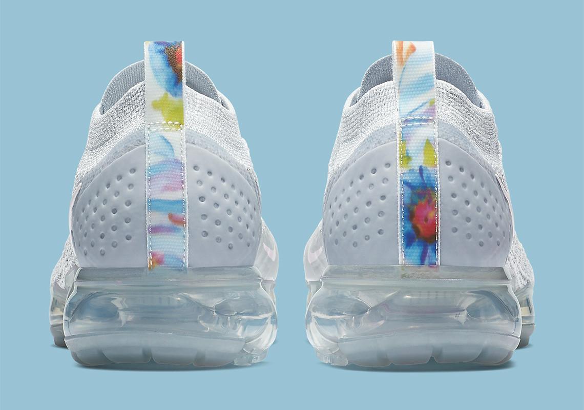 90b564a0ac753 Nike Air VaporMax 2.0 White Floral