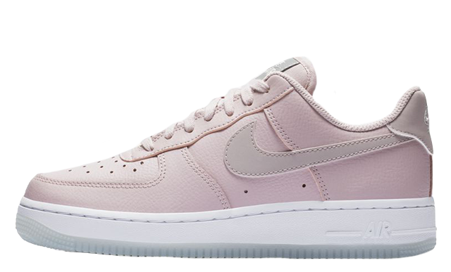 Nike Air Force 1 07 Essential Plum White Hvor kan man købe  Where To Buy