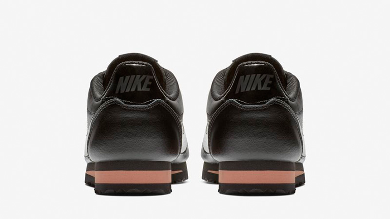 00840df60126d9 Nike Classic Cortez Premium Black Gold 905614-010 01