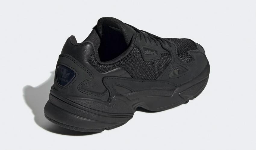przejść do trybu online tak tanio różnie adidas Falcon Core Black   G26880