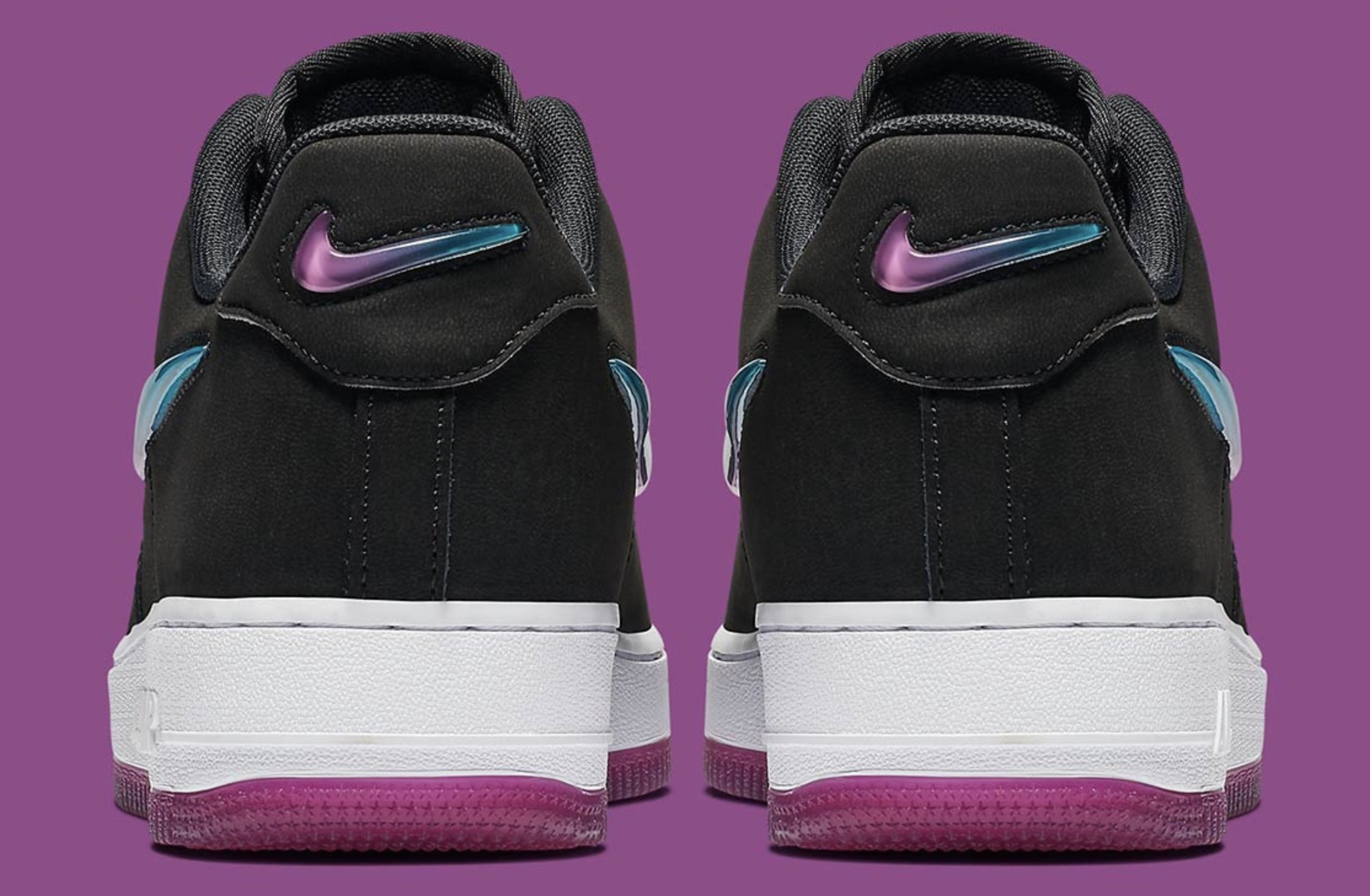 newest 0baa4 6945f Nike s Air Force 1 Gets An