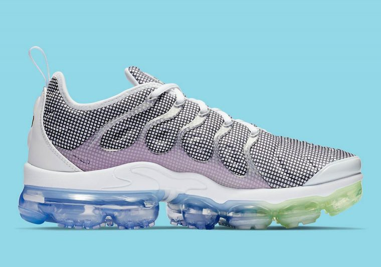 87a43b775794a Patterns And Pastels Unite Across Nike s VaporMax Plus