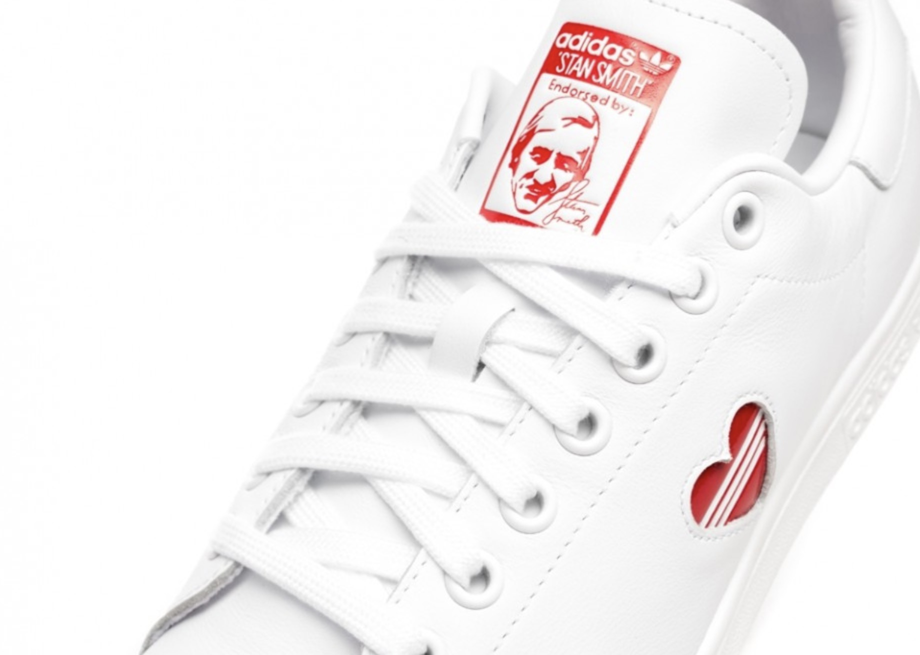 2c7ba3e53 A Tiny 3-Stripe Heart Adorns The Walls Of The adidas Stan Smith ...