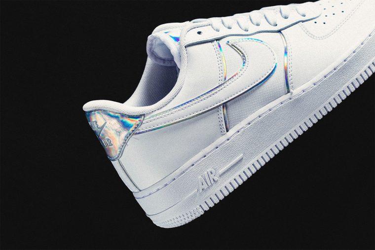 wholesale dealer 51467 3cd7f Nike Air Force 1 07 LV8 Iridescent white