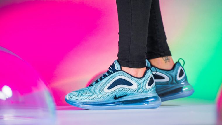Nike Air Max 720 Northern Lights Womens AR9293-001 04 thumbnail image
