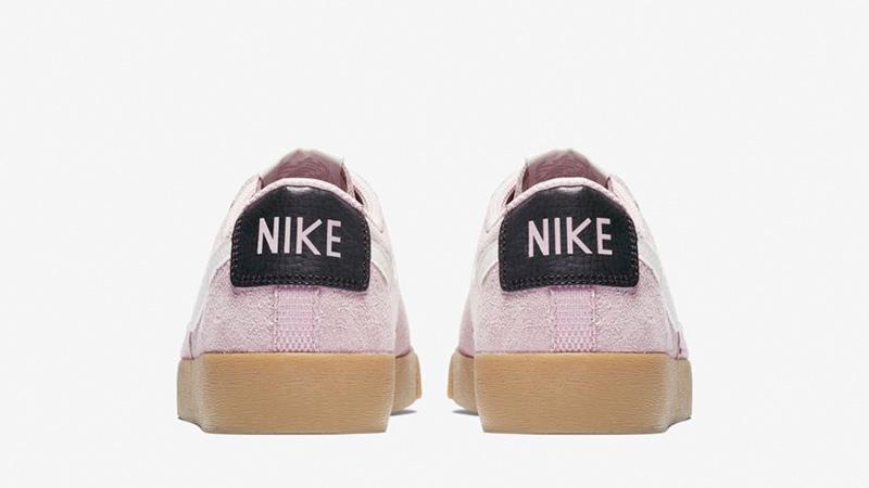Nike Blazer Low Suede Plum Chalk AV9373-500 01