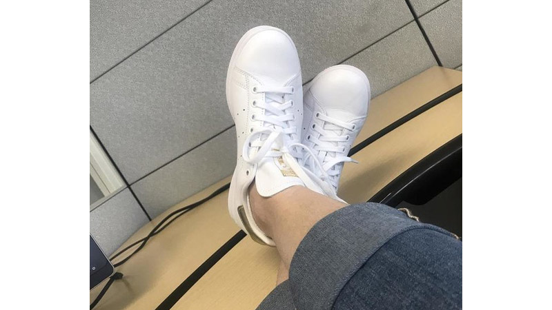 adidas Stan Smith White Gold On Foot Top
