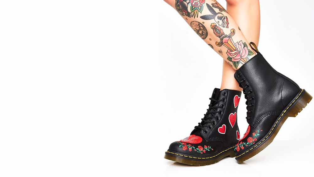 Dr Martens 1460 Pascal Hearts Boots Black