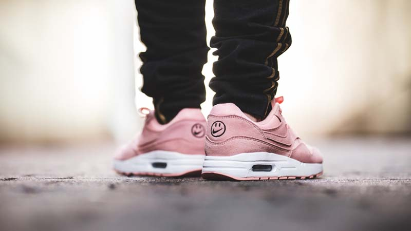 Nike Air Max 1 Have a Nike Day GS Pink AT8131-600 01