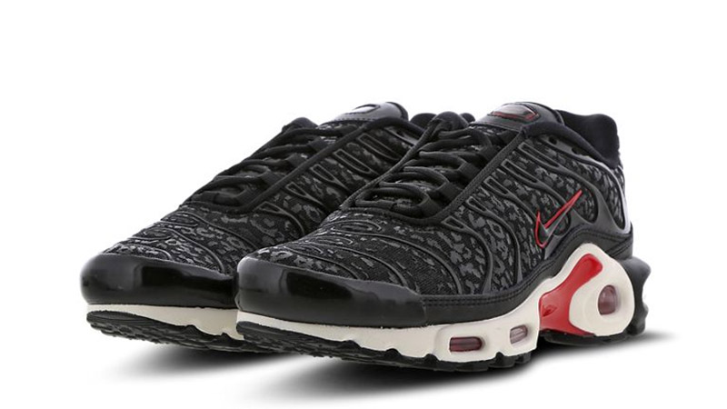 new arrival 5685e 2f3f3 Nike TN Air Max Plus Black Red