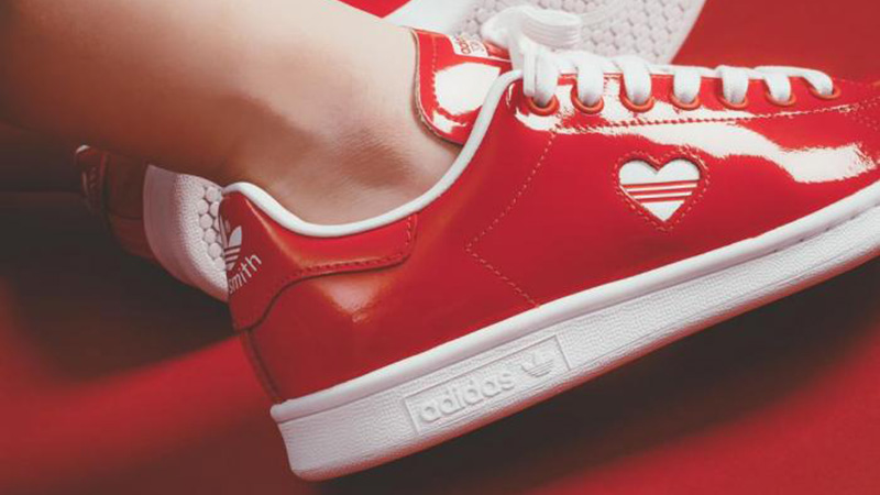 finest selection a0869 b54c4 adidas Stan Smith Red White Valentine's Day Pack Women's | G28136