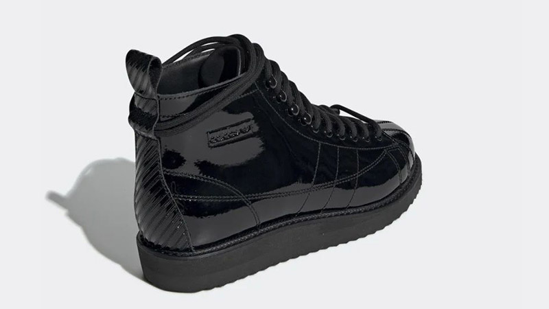 adidas Superstar Boots Triple Black CG6458 01