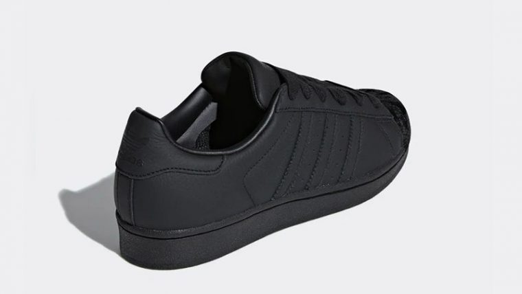 adidas Superstar Triple Black Womens CG6011 01