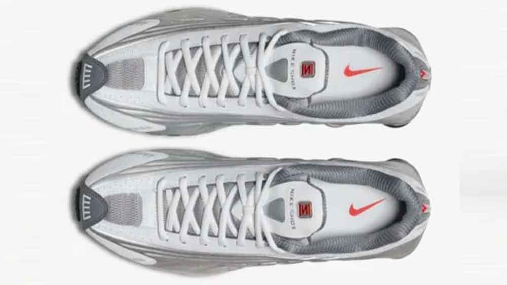 affcb292b5e Nike Shox R4 White Silver