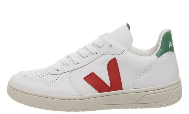 Veja V-10 White Green Red