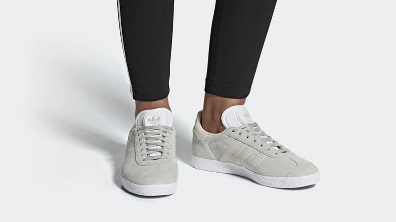 adidas Gazelle Silver Ash CG6065 04