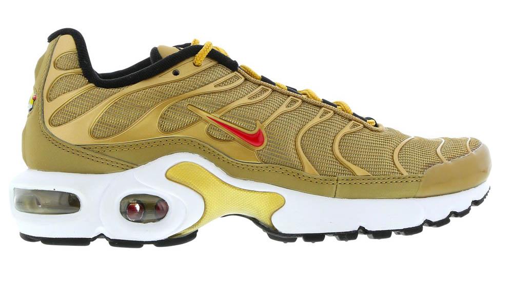 Rascacielos corazón Compuesto  35 Unmissable High Heat Sneakers From The Foot Locker Sale | Style ...