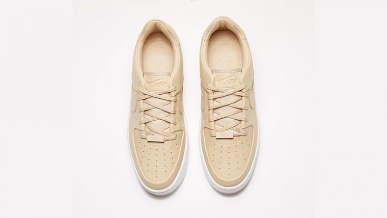 Nike Air Force 1 Sage Low Desert Ore Womens middle