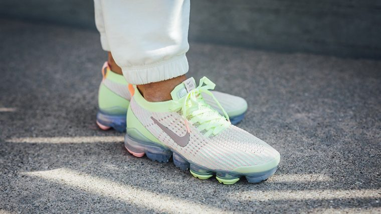 Nike Air VaporMax 3 Volt Pink Womens AJ6910-700 on foot