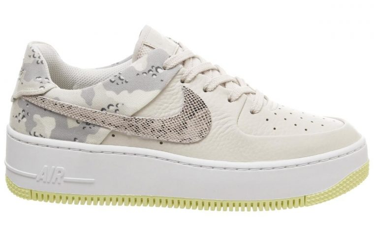 Nike Air Force 1 Sage Trainers Light Orewood Barely Volt Snake