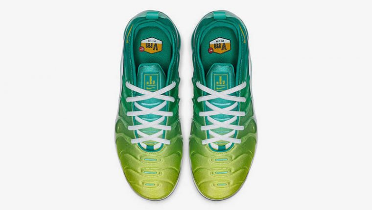 finest selection f2870 3e731 Nike Air VaporMax Plus Tropical Twist Womens | CI9900-300